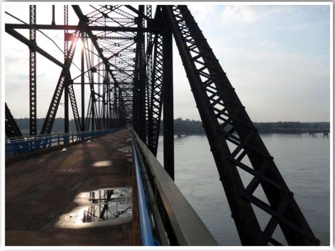 Chain of Rocks Bridge Route 66