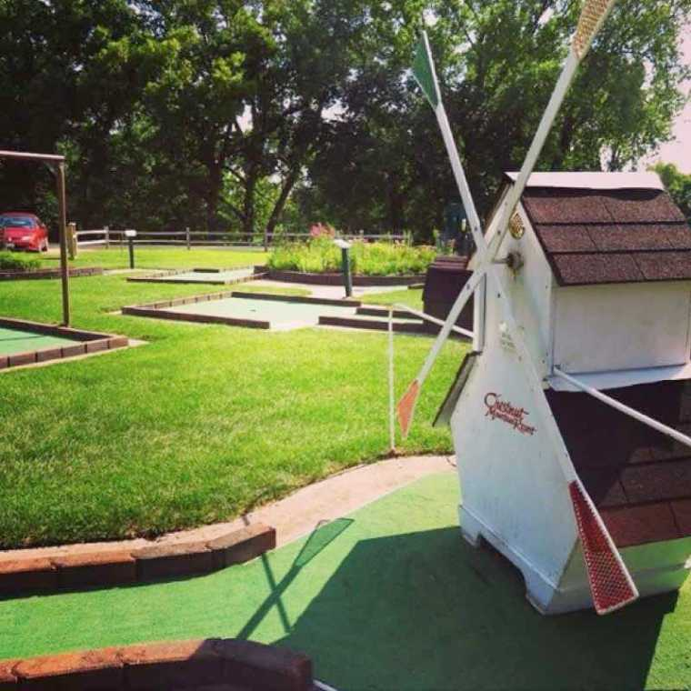 Chestnut Mountain Resort Mini Golf Illinois