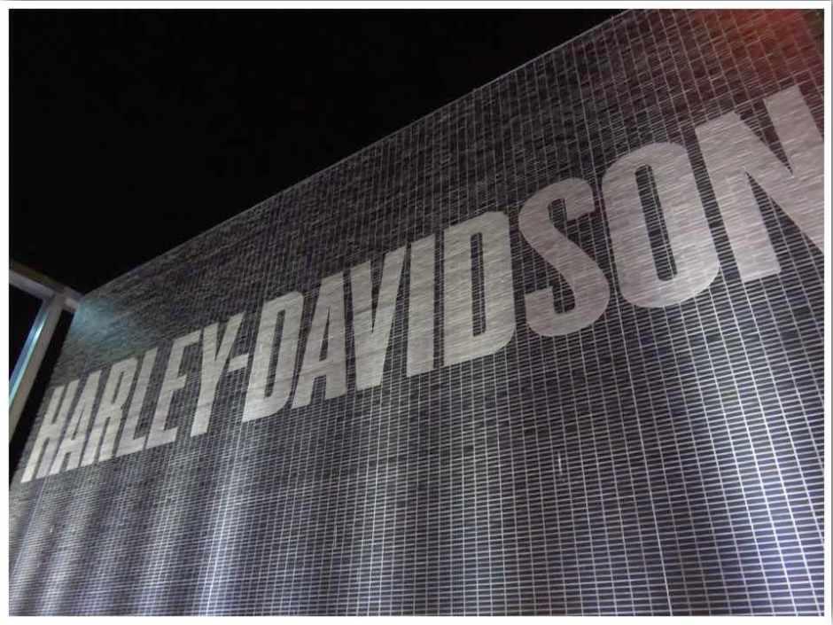 Harley Davidson History – Between England & Iowa