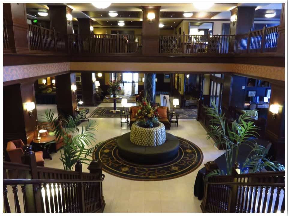 Hotel Julien Dubuque Lobby Area