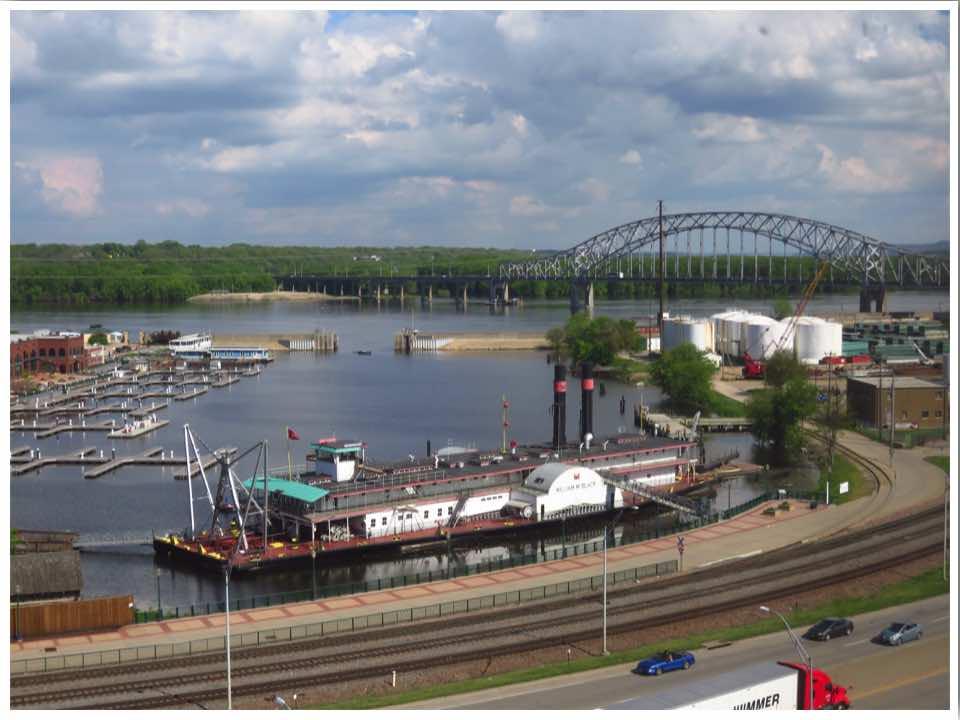 Hotel Julien Dubuque Mississippi River View