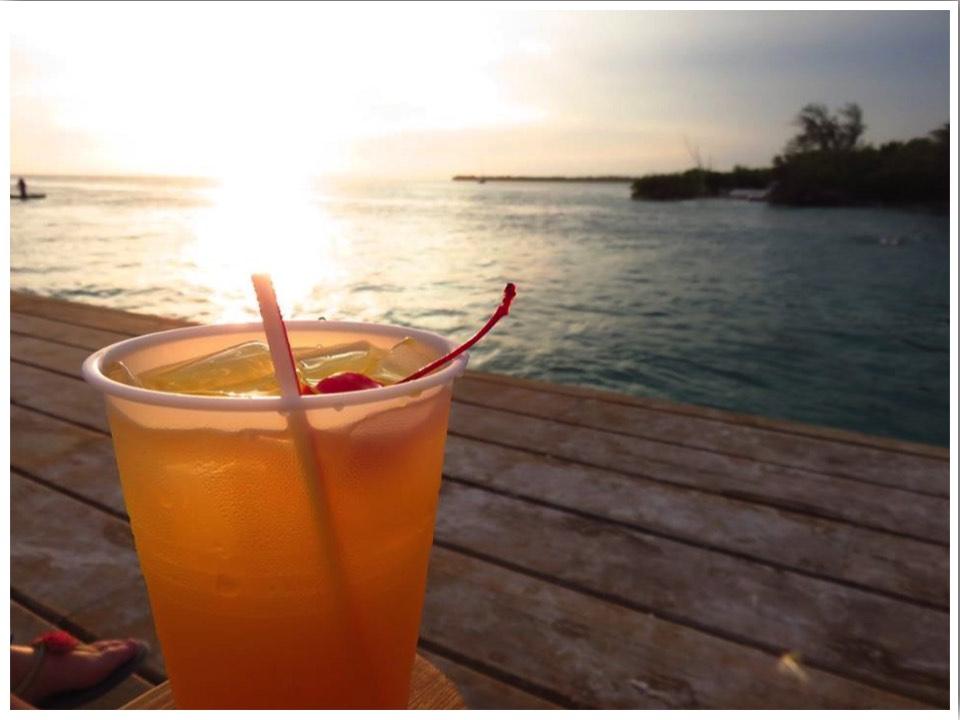 Caye Caulker Bars The Lazy Lizard Sunset