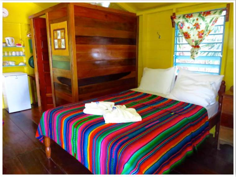 Caye Caulker Hotels Colinda Cabanas
