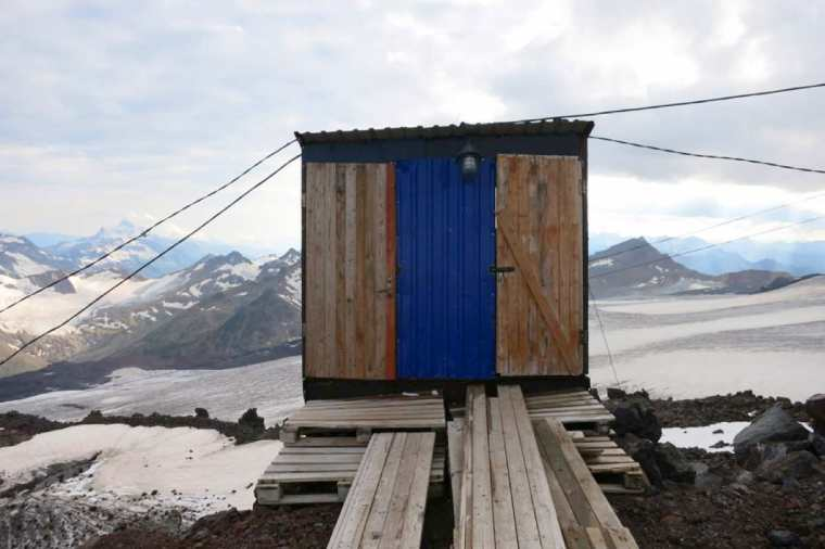 Toilet on Mt. Elbrus Russia Alya