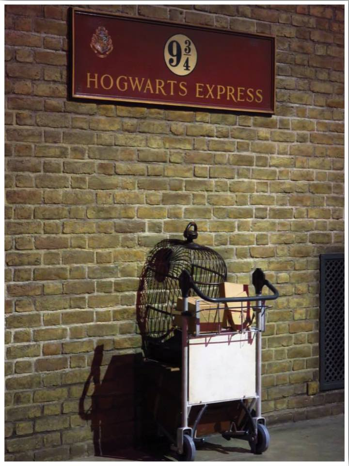 London Harry Potter Platform 9 and 3/4