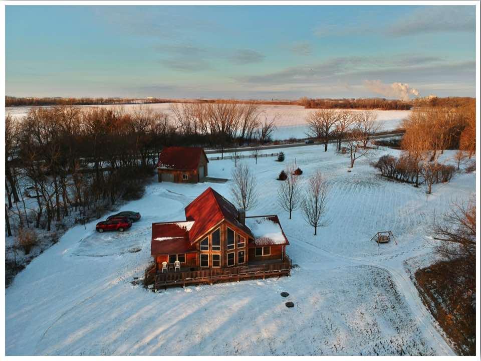 Red Cedar Lodge Iowa Cabin Rentals
