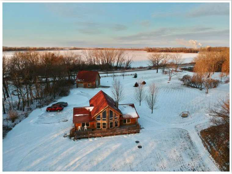 Red Cedar Lodge Iowa Cabin Rentals