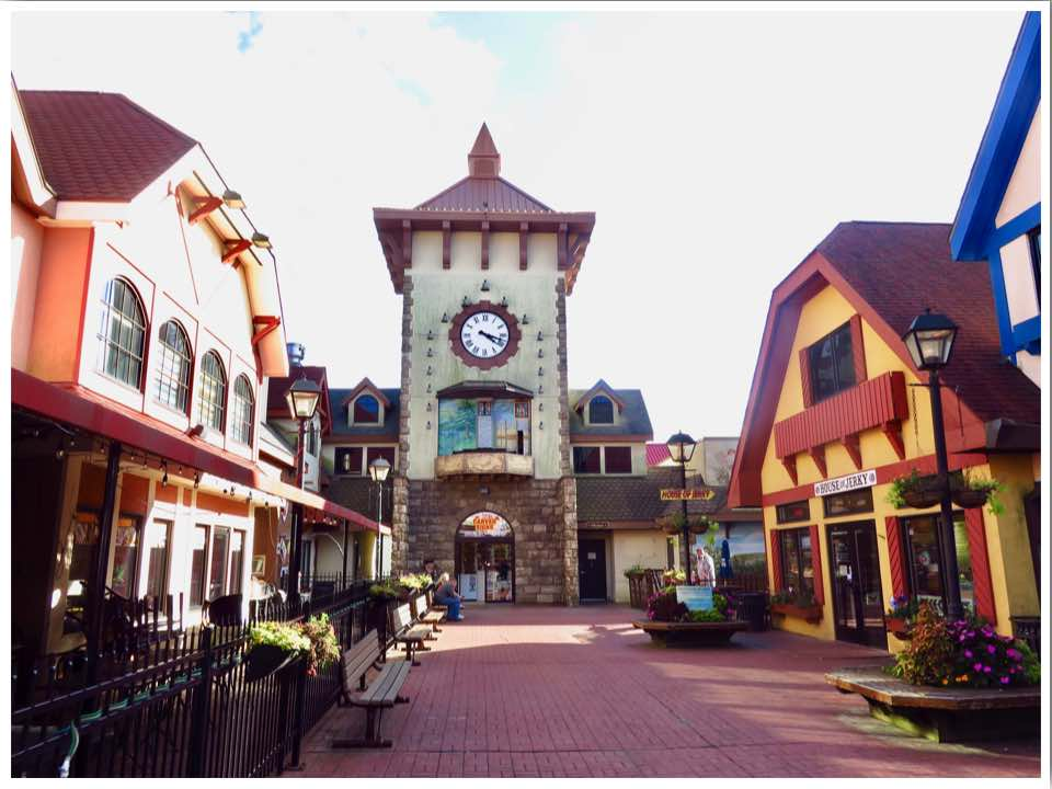 Downtown Wisconsin Dells