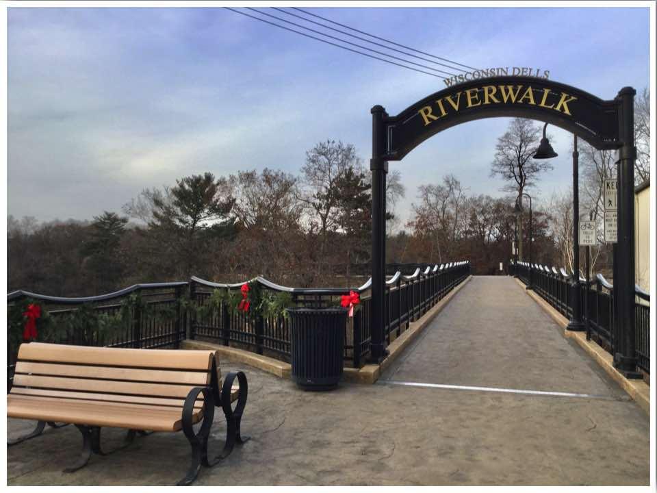 Wisconsin Dells River Walk
