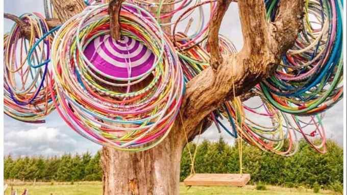 Hula Hoop Tree IA