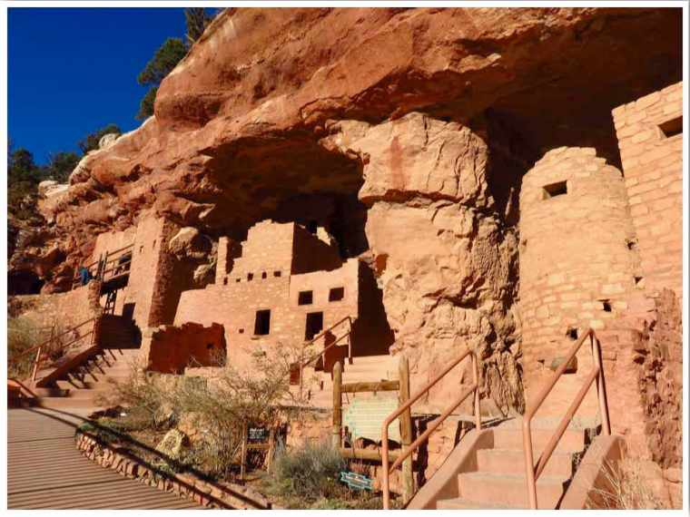 Cliff Dwellings in Manitou Springs